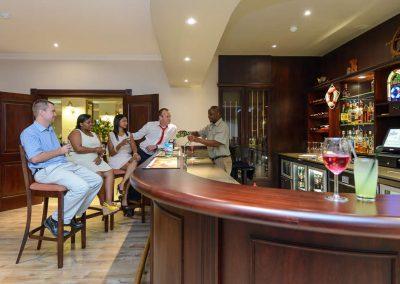 Umthunzi Hotel & Conference Lantern Bar
