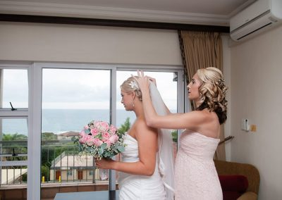 Bride preparation before ceremony at Umthunzi Hote.