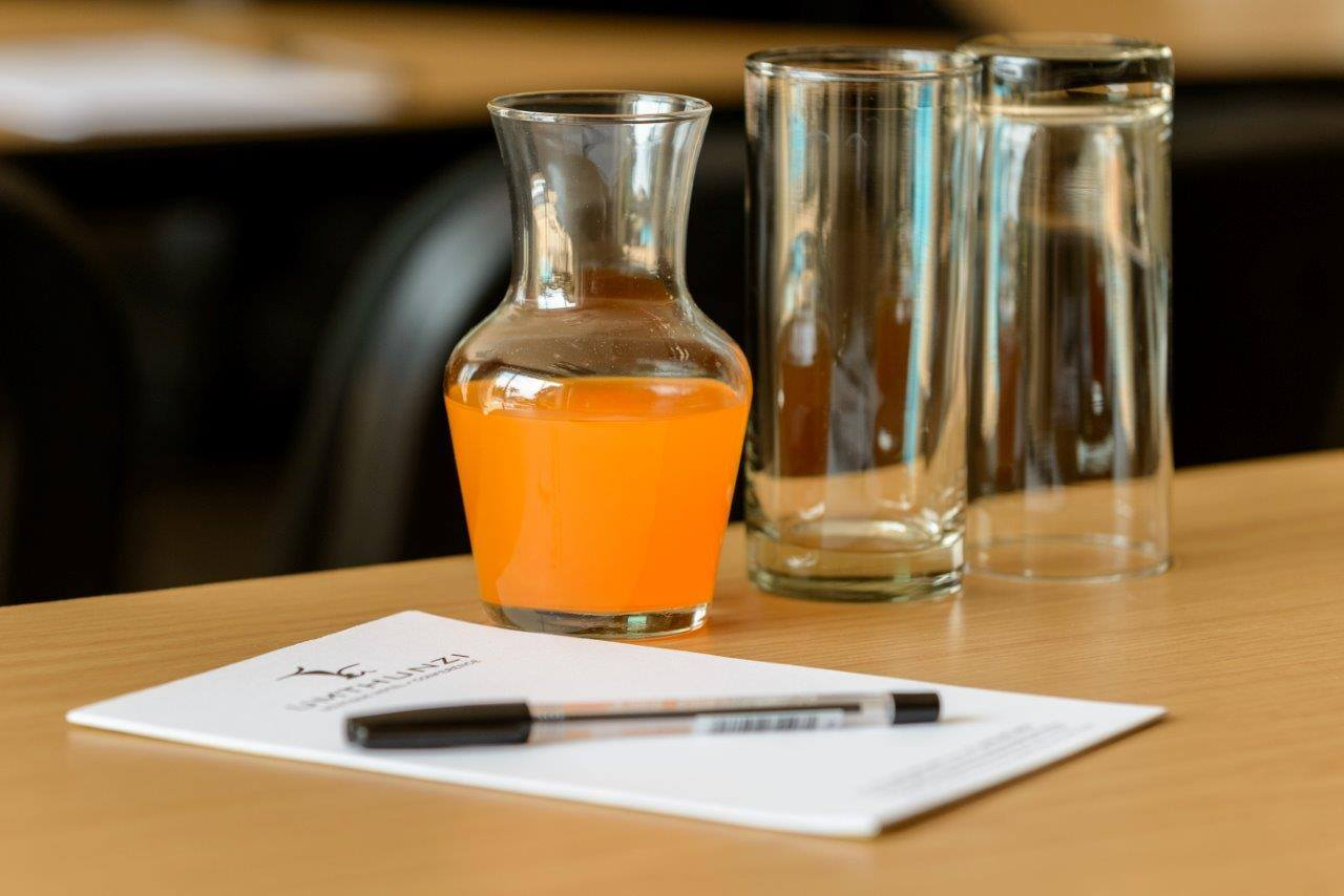 5 tips for serving a working lunch at a conference